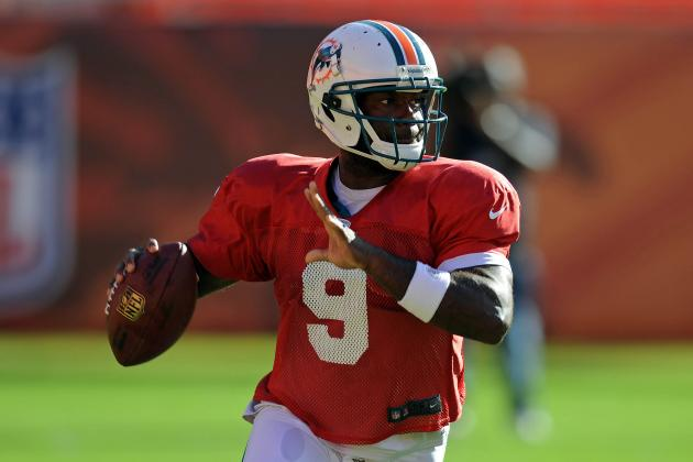 Miami Dolphins: QB David Garrard Reportedly Out After Knee Surgery