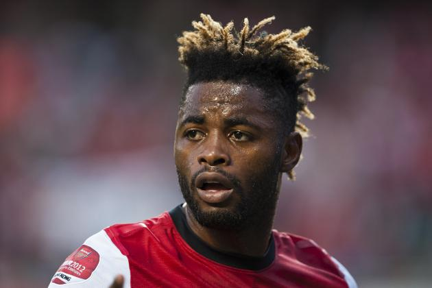 Arsenal: 3 Reasons Why the Sale of Alex Song to Barcelona Will Not Make Sense