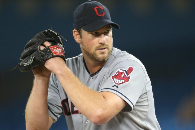 Derek Lowe Signed by New York Yankees to Help Depleted Pitching Corps