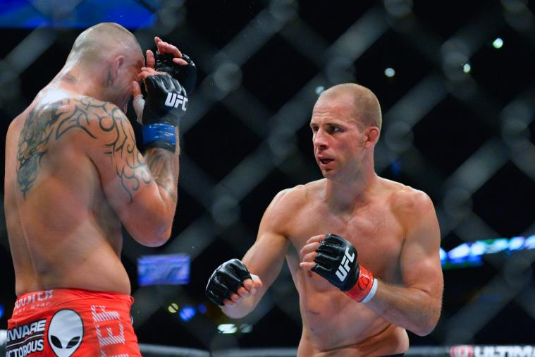 UFC 150 Results: Should MMA Have a Rule Similar to Boxing's 3-Knockdown Rule?