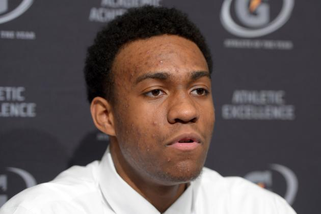 Kentucky Basketball: 3 Things Coach Cal Can Do to Lure Jabari Parker to Kentucky