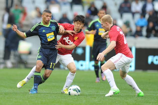 Manchester United: Who Should Play in United's First Choice Midfield?