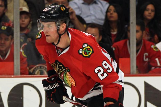 Chicago Blackhawks: Is Bryan Bickell Depth or Dead Weight on the Roster?