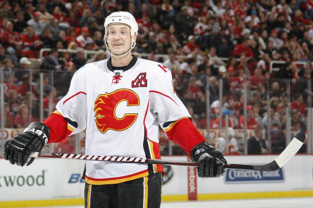 NHL Rumors: Red Wings Should Not Pursue Flames Defenseman Jay Bouwmeester