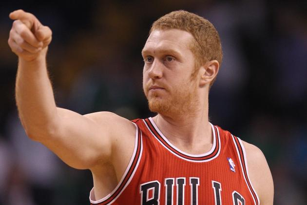 Brian Scalabrine Speaks Up, Andrew Bynum Welcomed in Philadelphia