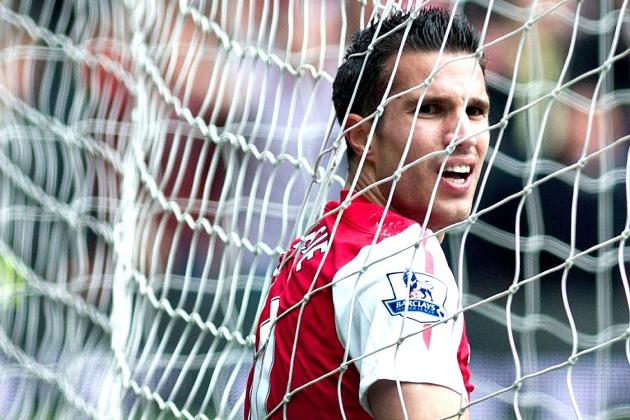 Robin Van Persie to Manchester United: Why the Deal Is Actually Good for Arsenal