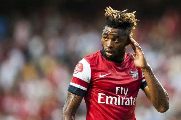 Arsenal Should Worry More About Alex Song Rumors Than Robin Van Persie Leaving