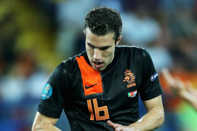 Robin van Persie: How Manchester United Can Get the Best out of Dutch Striker