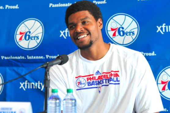 Andrew Bynum Hits All the Right Notes in 1st Philadelphia 76ers Appearance
