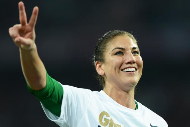 Hope Solo: Goaltender Pushed Right Buttons in Brandi Chastain Tweets