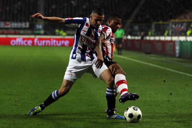Liverpool Signs Winger Oussama Assaidi from Heerenveen