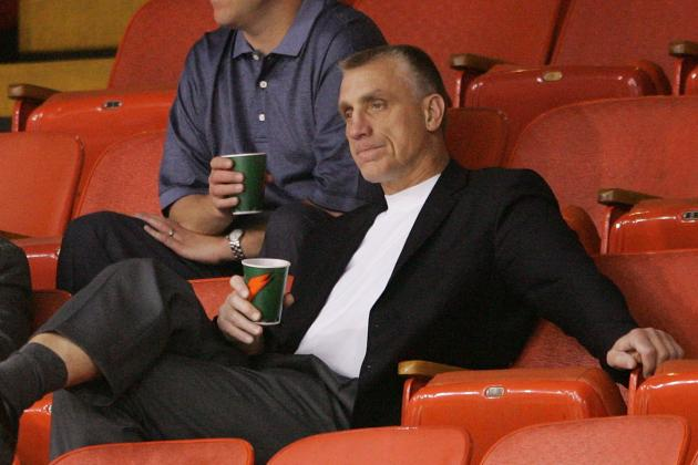Philadelphia Flyers Offseason: Paul Holmgren Becoming a Better GM