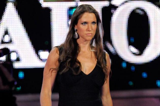 WWE: Why Stephanie McMahon Should Make a Full-Time Return