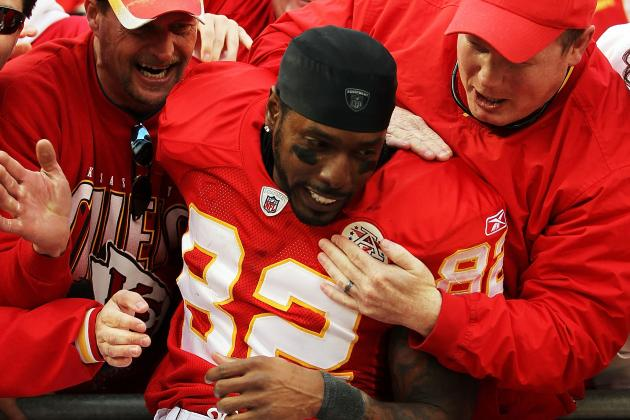 Dwayne Bowe Signs, but What's Next for Him and the Kansas City Chiefs?