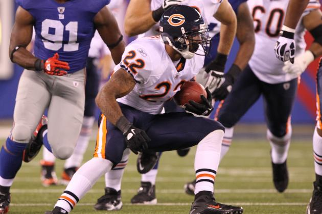 Bears Need to Slow Down the Giants' Pass Rush by Running the Ball Downhill
