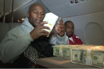 Here's Floyd Counting $1 Million on His Plane, Because He Hates You