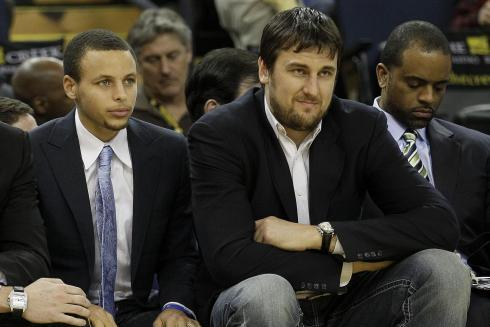 Debate: Is Curry or Bogut More Important This Season?