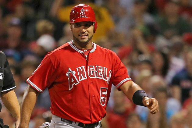 Albert Pujols to Have MRI After Straining His Right Calf Against Red Sox
