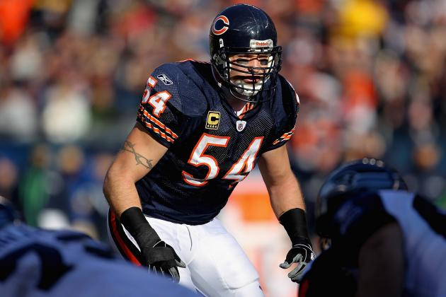 Brian Urlacher Injury: Update on Bears Star's Knee Injury