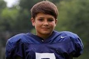 Sixth Grader Andrew Robison Passes for Varsity High School Touchdown