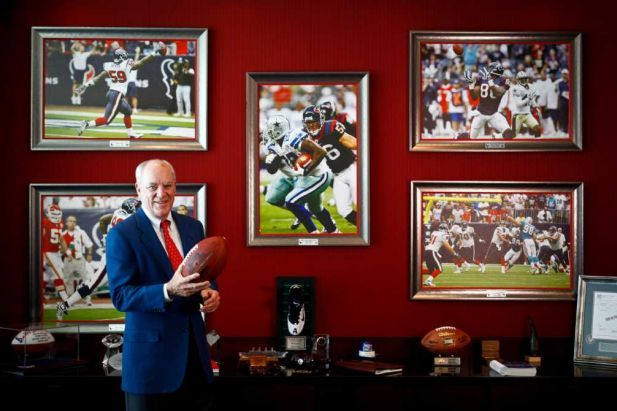 Texans Owner Eyes Travers Win