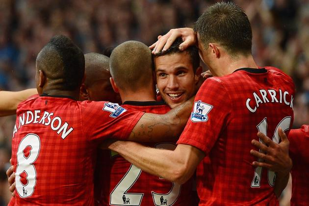 Manchester United 3-2 Fulham: Robin Van Persie Scores First Goal in Victory