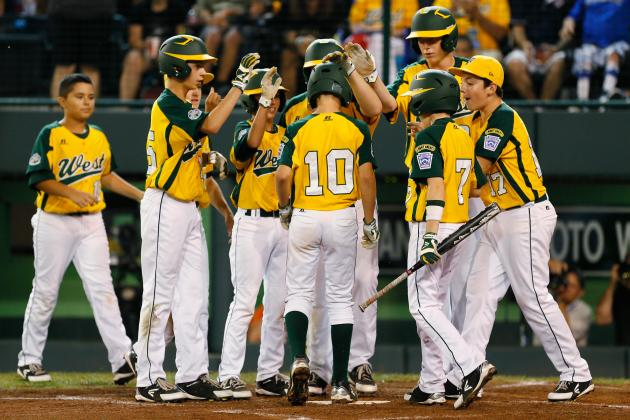 Little League World Series Live Blog: Tennessee, California Fight for U.S. Title