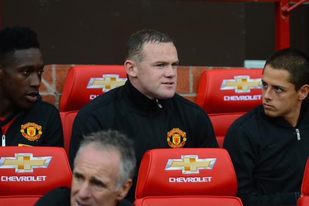Wayne Rooney: Should He Be Concerned About Playing Time with Van Persie?