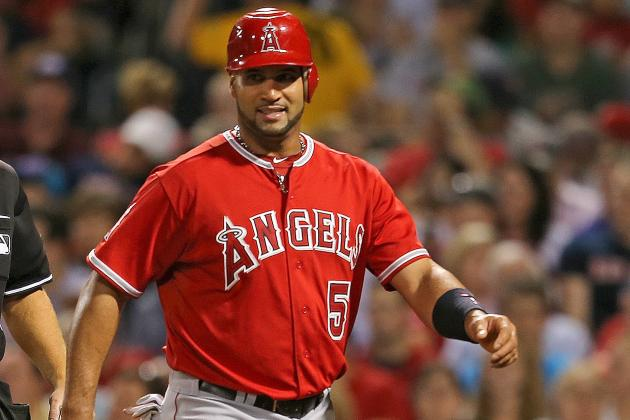 Albert Pujols Sidelined Until at Least Tuesday