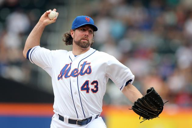 New York Mets: Will They End Up Keeping R.A. Dickey Long Term?