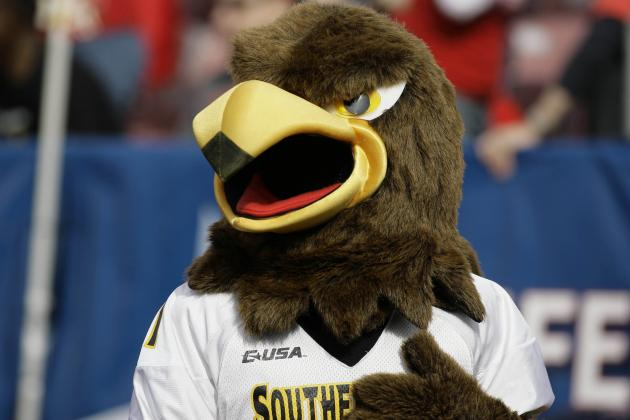 Southern Miss Tabs Campbell as Starter vs Nebraska