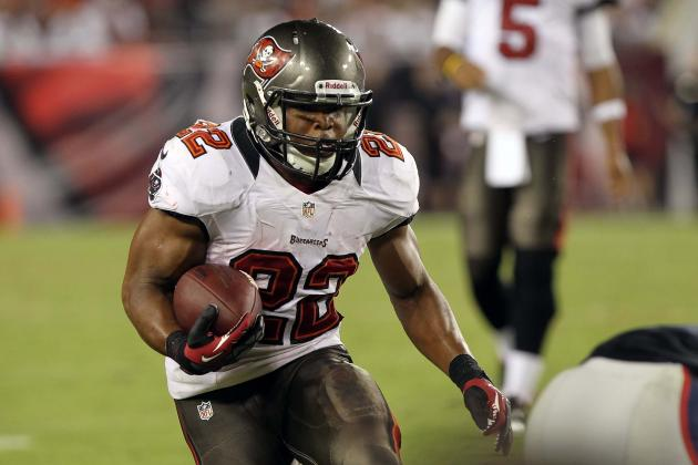 Breaking Down What New Starting RB Doug Martin Brings to Buccaneers' Backfield