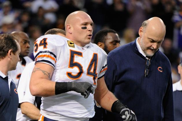 Brian Urlacher Injury: Latest on LB's Week 1 Status and More