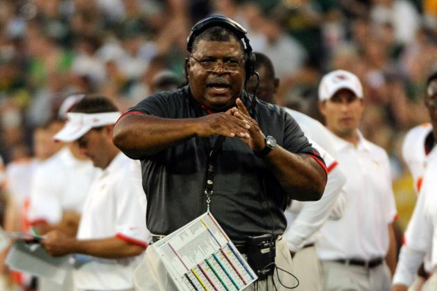 Romeo Crennel Must Consider a Defensive Coordinator for the Chiefs
