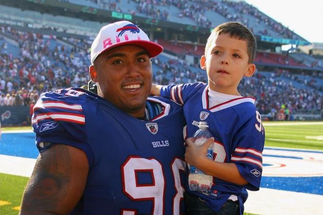 Veteran Dwan Edwards Among Buffalo Bills Roster Cuts