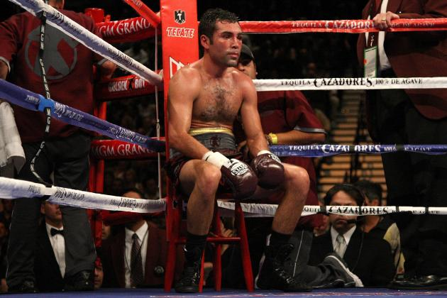Oscar De La Hoya Almost Ended Retirement to Take on Felix Sturm on Oct. 20