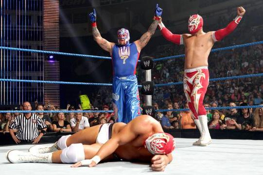 WWE: Should Rey Mysterio and Sin Cara Join Forces?