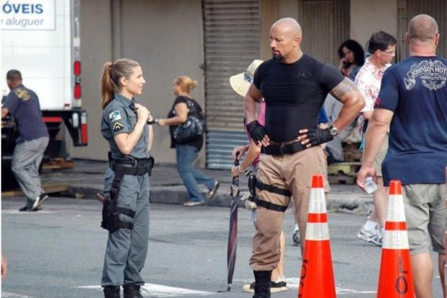 The Rock Stops Actual Crime While Dressed as FBI Agent for 'Fast and Furious 6'