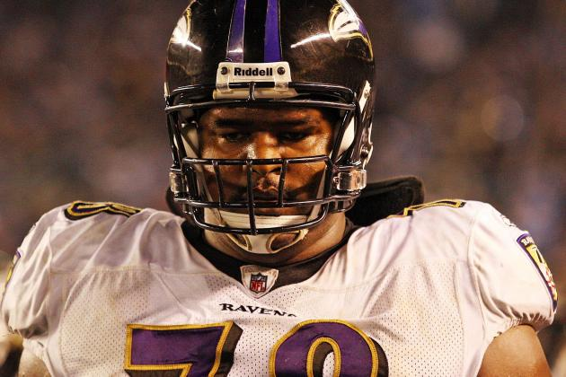 Baltimore Ravens Dodge a Huge Bullet by Keeping LT Bryant McKinnie on Roster