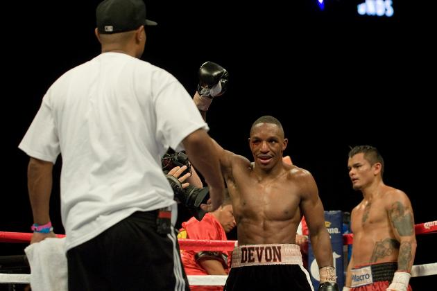Devon Alexander's Trainer Kevin Cunningham Talks  Randall Bailey