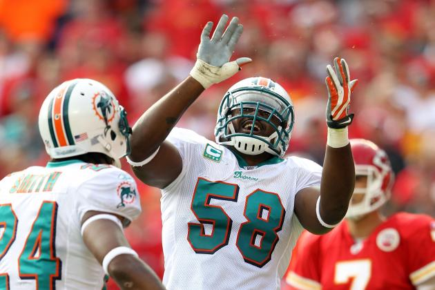 Miami Dolphins: Karlos Dansby Has a Tall Order Against the Texans