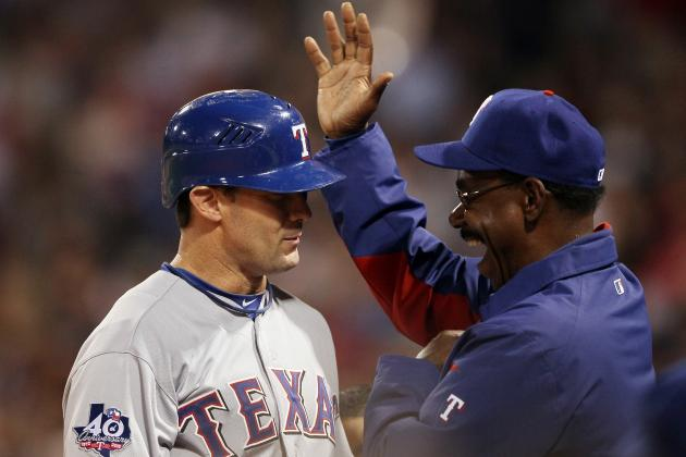 MLB: It'd Crazy for Ron Washington to Bench Michael Young of the Texas Rangers