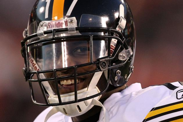 Extension Talks Between Steelers, WR Mike Wallace Essentially Dead for Season