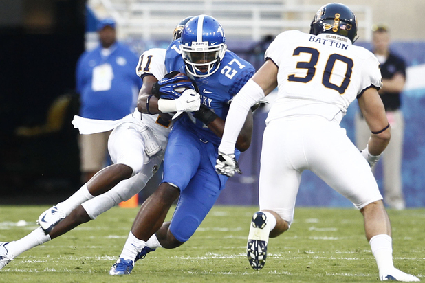 Kentucky Football: Aaron Boyd, Max Smith Lead UK in Routing Kent State 47-14