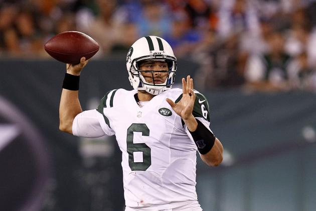 Mark Sanchez Throws for Three TDs as Jets Romp