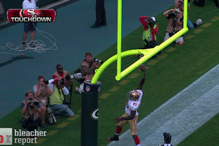 Vernon Davis Rejected by Crossbar