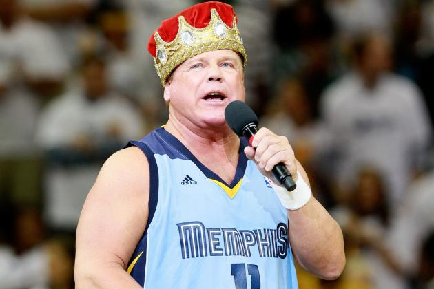WWE Star Jerry Lawler Suffers Heart Attack and Collapses During Raw [Updated]