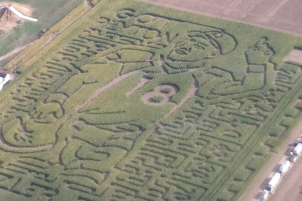 Denver Broncos' Peyton Manning Honored with Crazy Colorado Corn Maze