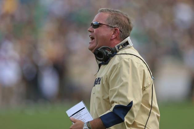 Notre Dame Football: Brian Kelly's Past Tells Us How He'll Handle QB Situation
