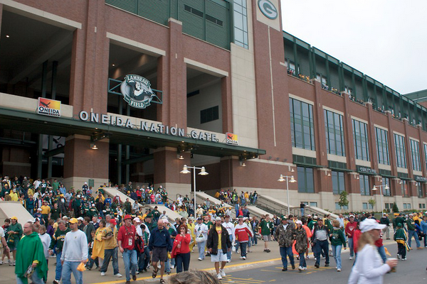 Baby Denied Entry at Lambeau Field (Video)